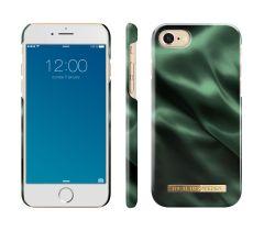 iDeal of Sweden Fashion Case iPhone 8/7/SE (2020) Emerald Satin